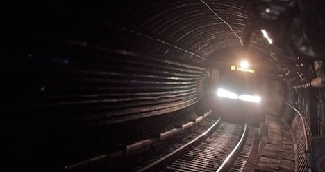 WWII bomb discovery halted U1 trains