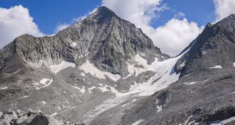 Hikers freeze and fall to their deaths in Italy