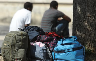 Tent cities considered for Austria's refugees