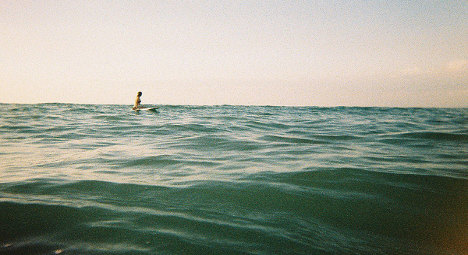 Woman survives 36-hour ordeal on paddle board