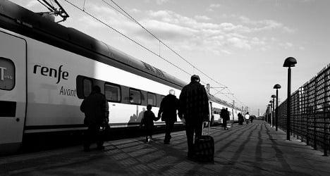 Broke Spaniards lose taste for public transport