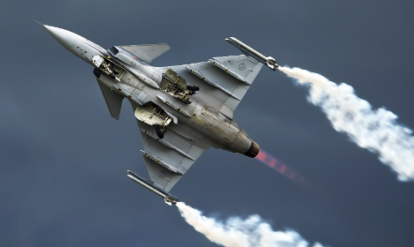 Sweden to buy fighter jets despite Swiss pullout