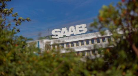 Saab carmaker wins receivership