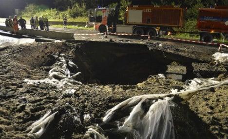 Bomb shuts down A3 motorway