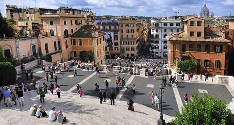 Polish tourist dies by Rome's Spanish Steps
