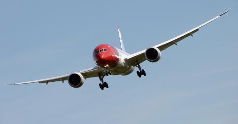 Swedish passengers sue Norwegian airline