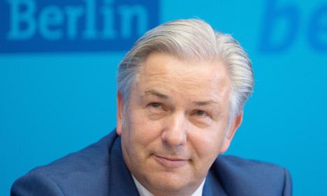 Wowereit confirms December resignation