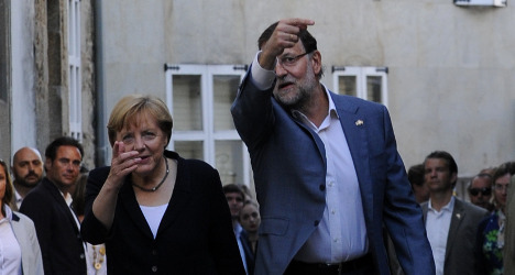 Merkel praises Spain on strong growth