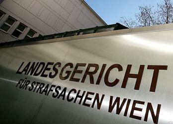 Vienna court threw secret files in rubbish