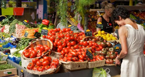 Fruit and veg prices tumble in France
