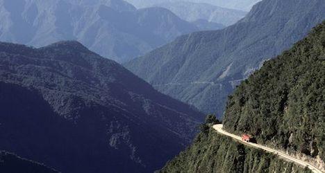 Bolivian bus crash claims three Swiss lives