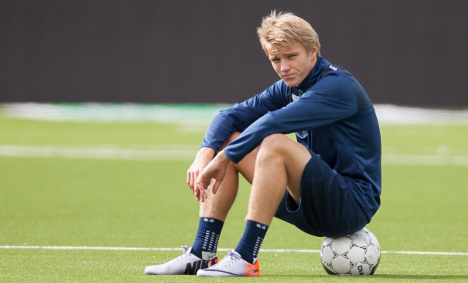 Martin Ødegaard may still play against England