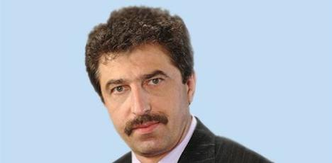 Interpol hunts Bulgarian banker in Vienna