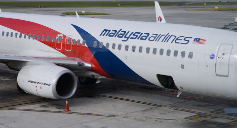 Steward 'sexually abused' scared passenger