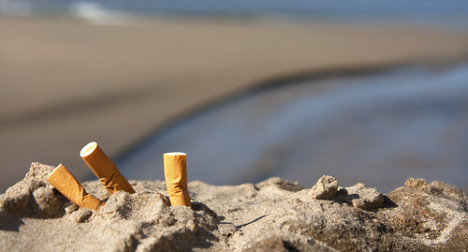 €600 fine for tourist's beach cigarette stub