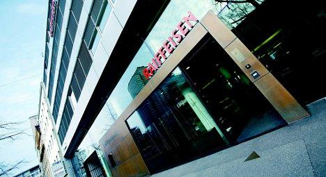 Raiffeisen coop bank group 'too big to fail'