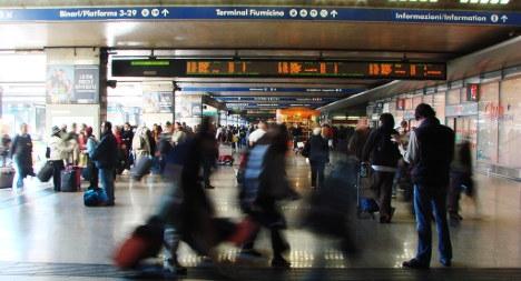 Rome mayor slams British travel warning