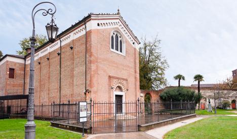 Fears for priceless fresco after lightning strike