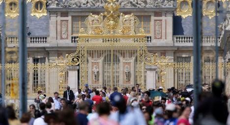 Versailles pickpocket steals €10k from tourist