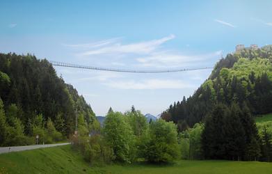 Second longest suspension bridge takes shape