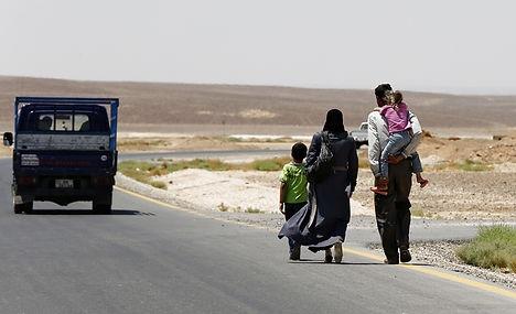 Sweden's asylum influx worries Denmark