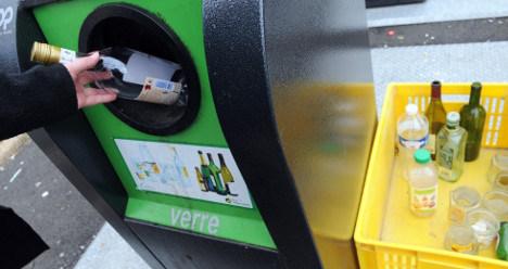 French mother, 14, left newborn in bottle bin