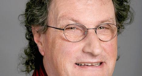 Baden strips 'nude selfies mayor' of duties