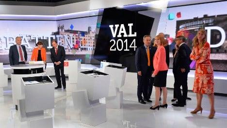 Final election push as parties brawl