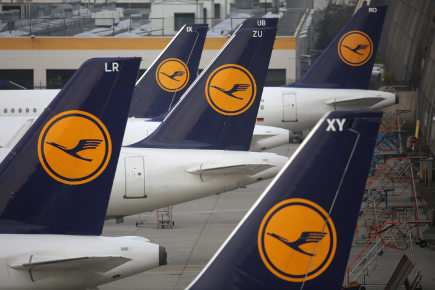 Lufthansa pilots to strike again over pensions