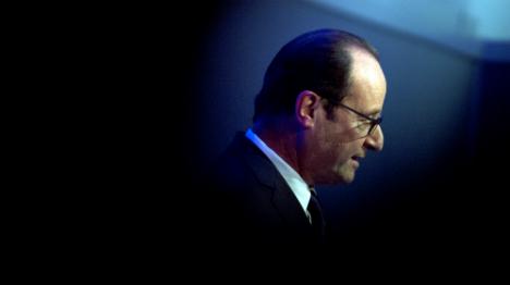 Hollande hits back at 'toothless' jibe