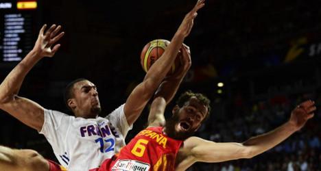 Hosts Spain choke against defensive France