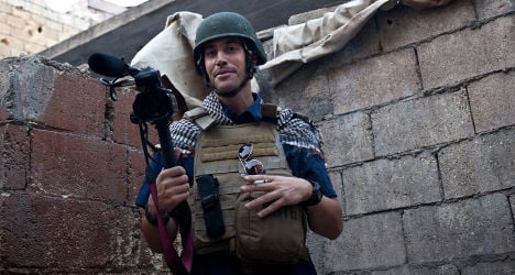 French comic ridicules beheading of US reporter