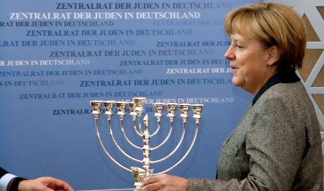 Merkel to tackle anti-Semitism rise at rally