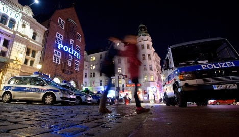 Refugees beaten up 'by pimps' in Hamburg