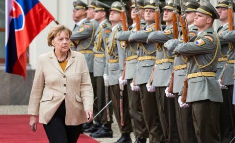 Merkel tells allies to pay Ukraine's gas debts