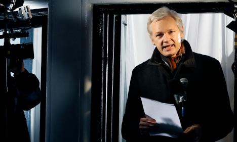 Assange's lawyers mull prosecutor's response