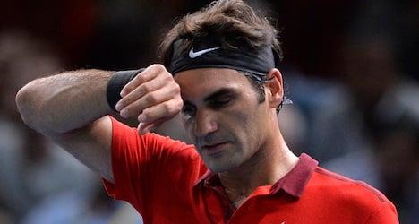 Federer struggles to win opener at Paris Masters