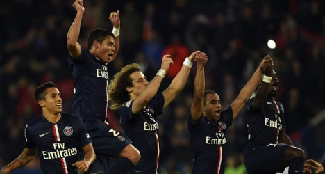PSG beat rivals Marseille to close gap at top