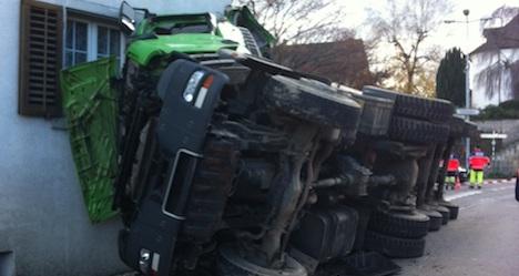 Room fills with sugar beets after truck crash