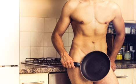 Police arrest landlord for naked showings
