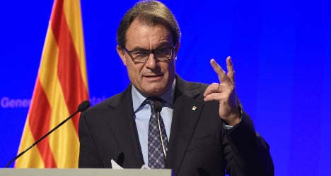 Cyberattack: Catalonia 'hit during self-rule vote'