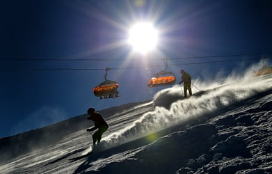 Skiing 'too expensive' for average families