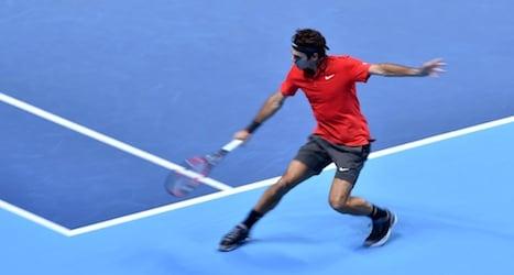 Federer cruises to two-set victory over Nishikori