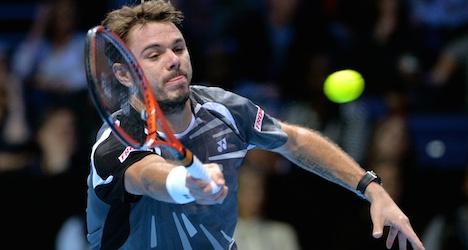 Wawrinka wilts against Djokovic in London