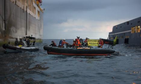 Greenpeace activist hurt in Canaries oil clash