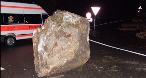 Seven-tonne boulder hits Swiss mountain highway