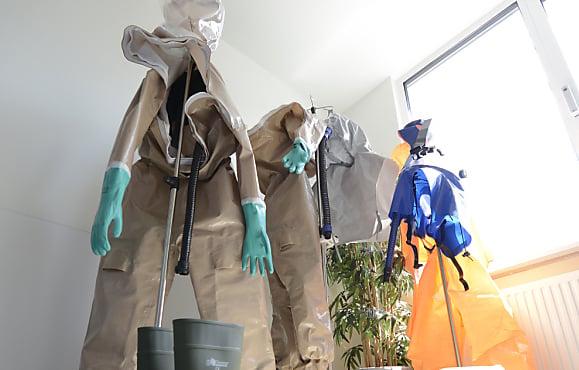 Medical expert calls for three Ebola centres