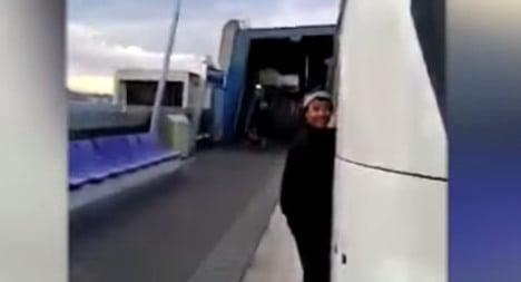 Craze of RER train surfing worries French