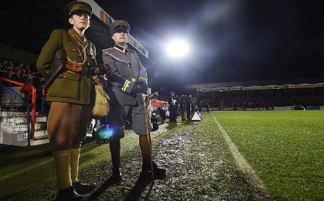 British and German troops relive Xmas truce