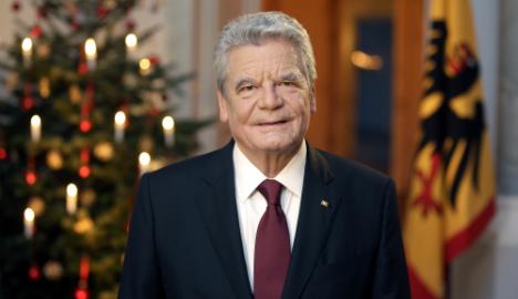 German president urges refugee compassion